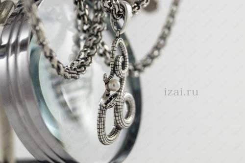 Змея с жемчугом из серебра. Фото. izai.ru Ювелирная Мастерская (2)