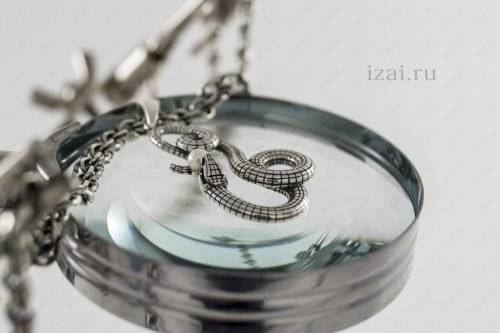 Змея с жемчугом из серебра. Фото. izai.ru Ювелирная Мастерская (5)